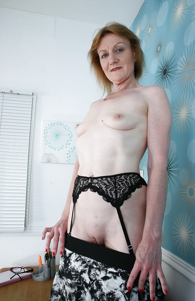 Naked old lady pictures